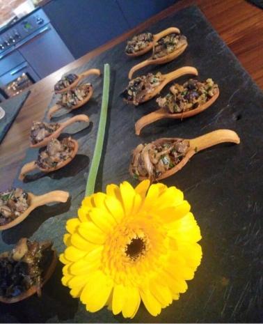 Wild mushroom & white truffle tartlet along with 'Tangie' & tarragon cream (@bobadopalis)